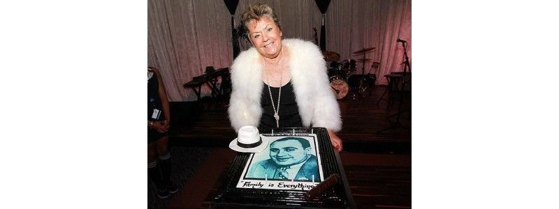 Племенница на Ал Капоне разкрива личността на големия мафиот в биография на български език